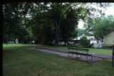 Julius Freed House: yard