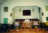 First Baptist Church, Lauderdale: altar, pulpit and chancel