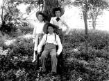 Kern Photograph Collection; Murfreesboro, people.